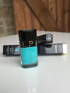 Sephora nail varnish, blue nail varnish