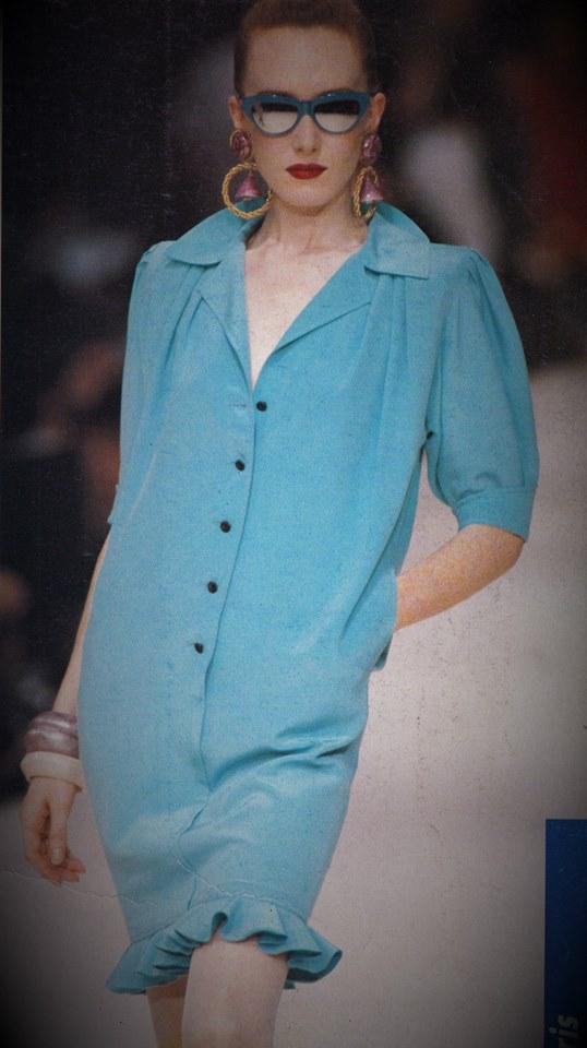 Emanuel Ungaro, fashion show, Vanessa Voegele-Downing,sunglasses, turquoise blue, paparazzi,