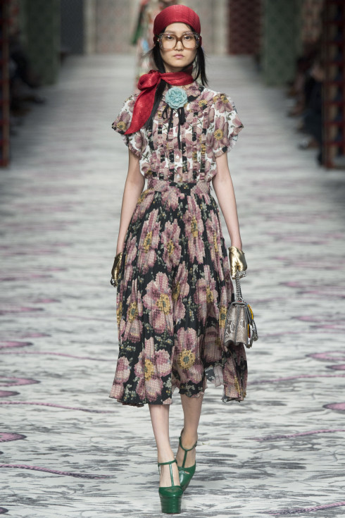 Gucci, Italian fashion house, Spring Summer Ready To wear 2016, Women's catwalk style, floral dress, Vanessa voegele-Downing, themodeledit.com