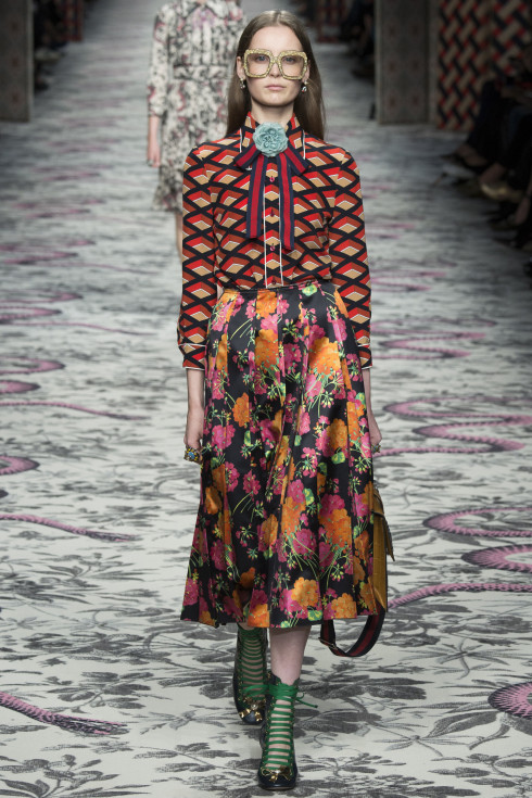 Gucci, Italian fashion house, floral dress, striped dress, striped clothing Spring Summer Ready To Wear 2016, women's clothing 2016, Vanessa Voegele-Downing, themodeledit.com