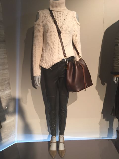 M&S A/W 2016/17, ecru cable knit sweater, cut out shoulder chunky sweater, big drawstring shoulder bag, big leather bag, brown leather bag