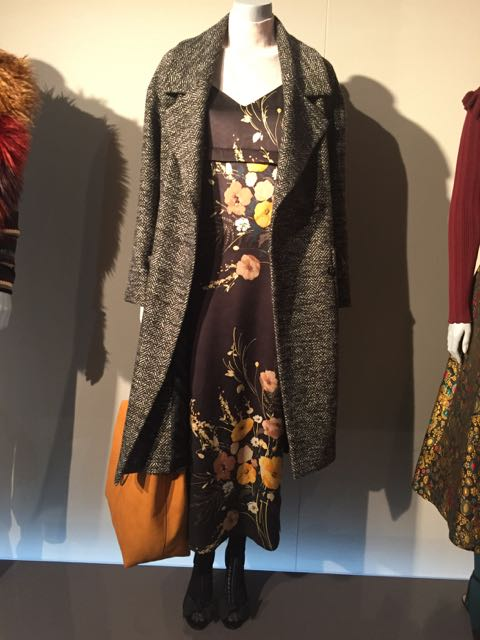 M&S A/W 2016/17, LONG WOOL COAT, TWEED COAT, BOHO DRESS, MIDID DRESS, FLORAL MIDI DRESS, LARGE DECONSTRUCTED HANDBAG, LARGE DECONSTRUCTED SHOULDER BAG, LEATHER WOMEN'S HANDBAG, LEATHER SHOULDER BAG, OPAQUE TIGHTS