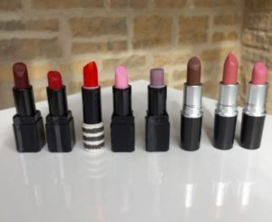 Lipstick, Illamasqua, MAC, Topshop, beauty, blusher, Mrs V, www.themodeledit.com, Vanessa Voegele-Downing, Muji, make up bag, cosmetics
