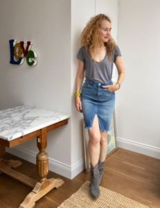 H&M Denim skirt, Jeans Skirt, Ankle boots, t-shirt, Vanessa Voegele-Downing
