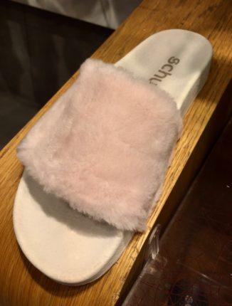 Pink faux fur Sliders, Schuh footwear, Schuh Sliders, Schuh pink fur Sliders
