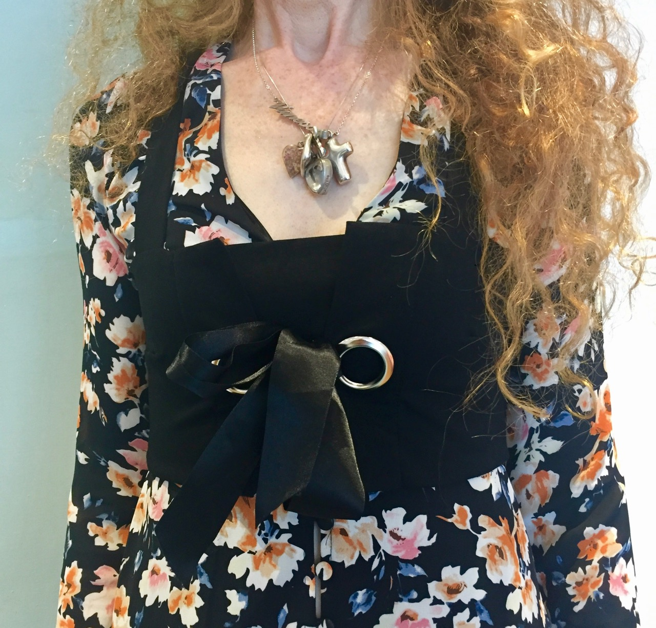 Bustier, crop top, Zara, corset, Missguided, Missguided Floral Dress, necklaces, red hair, long curly hair, curly hair, redhead